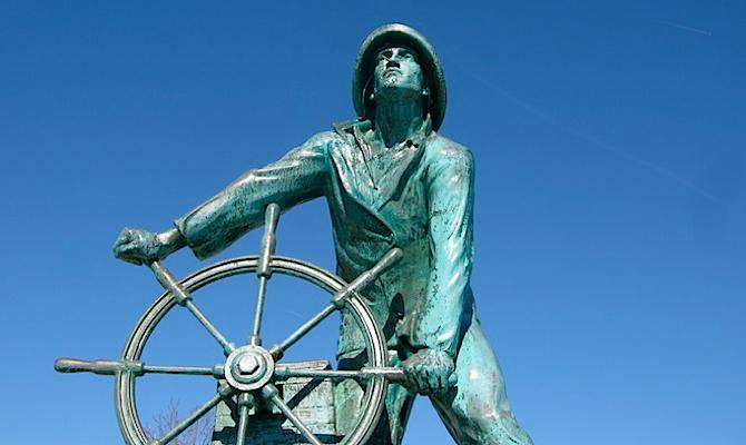 s-Statue-again-Gloucester-copy